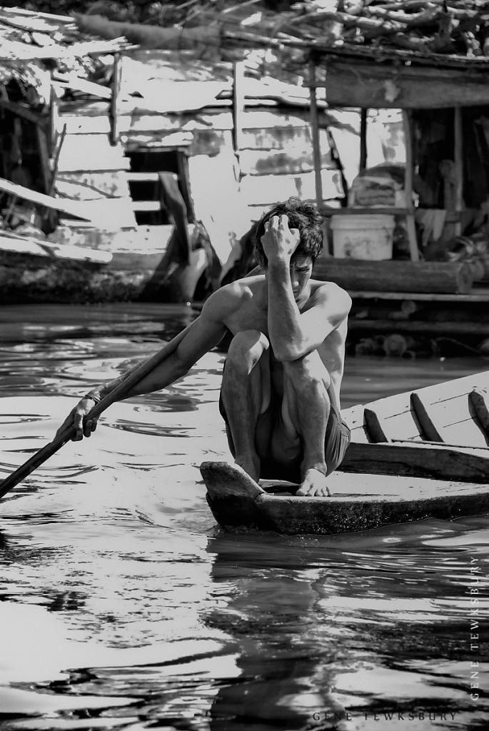 Life is hard on the water of Tonle Sap